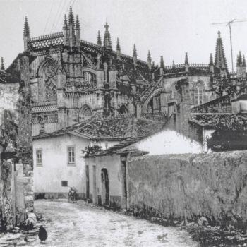 Imagens retiradas do site: www.monumentos.pt